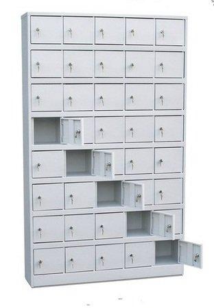 Шкаф на 40 отделений с дверцами